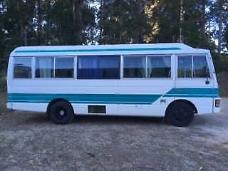 Nissan Civilian 1988 Bus