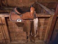 13 Inch Barrel Saddle