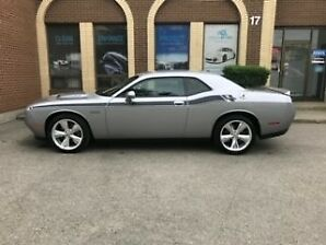 Dodge Challenger 2016 RT - LOW KMs - UPGRADED EXHAUST