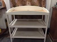 Baby Changing Table - Free