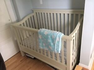 Caramia convertible crib! : Crib -> Daybed -> Double