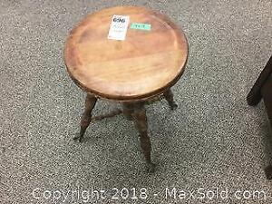 Wood Piano Stool A