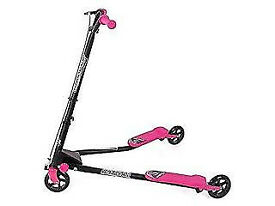 Child Scooter for sale , £17 Mint condition.