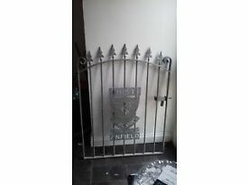 liverpool lfc gate