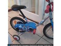 Younger boys bike (b-twin)