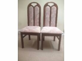 Excellent condition: 2 Wooden chairs for Sale