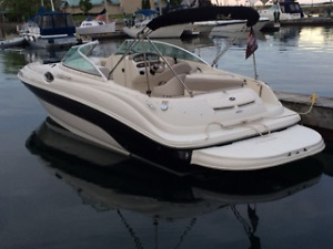 2003 - 240 SeaRay Sundeck Bowrider