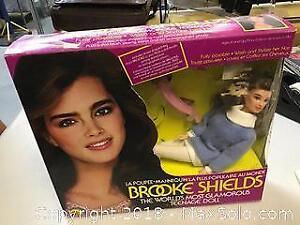 Brooke Shields In Original Box