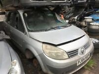 RENAULT SCENIC 2004 SILVER 5DR 1.6 PETROL BREAKING FOR SPARES