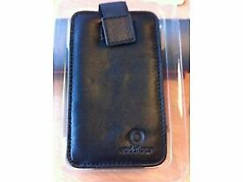 BLACK LUXURY LARGE LEATHER MOBILE CASE (BRAND NEW STILL BOXED)