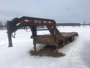 2006 load max flatbed goose neck trailer