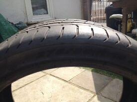 Used Pirelli P Zero 275/30r19 tyre