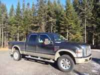 2008 Ford F-350 2 tons; charcoal et beige Camionnette
