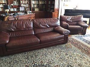 sofa cuir achetez ou vendez des biens billets ou gadgets technos dans grand montr al. Black Bedroom Furniture Sets. Home Design Ideas