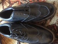 Hi-tec golf shoe / brogues style, brand new size nine...or wear with kilt
