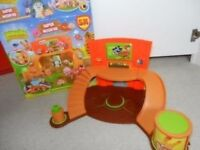 Moshi Monster Super Moshi HQ - Excellent Condition in Box with Elder Fury figure