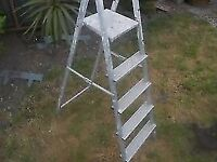 ALUMINIUM STEP LADDER * 175cm long * FIVE STEPS CLACTON ON SEA - CO15 6AJ