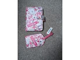 London card wallet and luggage tag £2