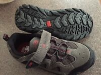 Kids walking shoes size 11