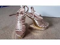 Curve Wedge Open Toe Sandals Brand new never worn Size 4
