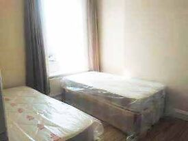 BARKING ROAD!!! Roomshare ROOM AND FRIENDLY PEOPLE!