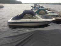 Inboard/Outboard 4 Winns