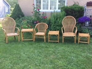 WICKER FURNITURE ENSEMBLE - GOOD CONDITION