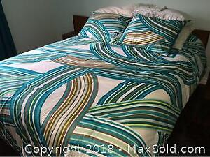 Queen Size 3 Piece Comforter Set By Foxy