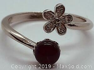 925 Silver Ladies Ring Size 7.5with Gemstone and Cubic Zirconia
