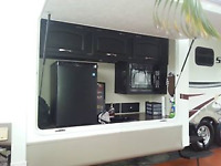 FIfTH WHEEL 42' A LOUER  A FORT LAUDERDALE  CAMPING*PLAGE*GOLF