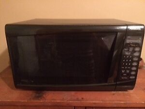 Microwave - in perfect working condition