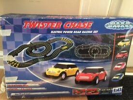 Twister chase Mini Cooper racing set