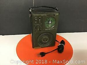 Vintage North Star Solid State am FM Radio