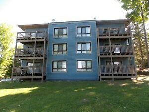 NEWLY SIDED DEERHURST LUXURY CONDO $249,900.00