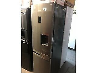 SILVER SAMSUNG DRINKS FRIDGE FREEZER