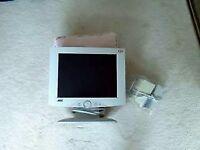 "Computer Flat Screen Moniter 15"""