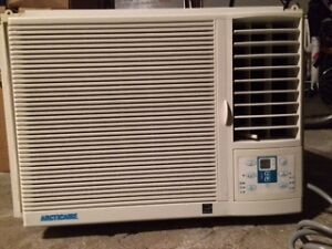 Climatiseur a vendre / Airconditioner for sale