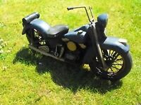 """Custom Harley Davidson style LARGE SCALE MODEL on metal stand"""" GREAT PRESENT"""""""