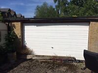 garages to rent 5 in total. Own off road entrance. No electricity. near finsbury park tube.