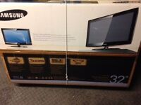 Samsung 32 led television very good condition