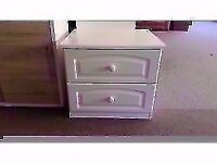 GREAT CONDITION! white wide 2 drawer bedside cabinet/small chest of drawers