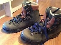 Size 8 Raichle Mountaineering Boots For Sale