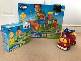 Toot Toot Garge, extension track and large fire engine. in original packaging