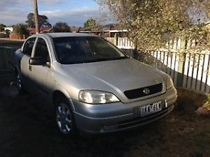 2004 Holden Astra sedan
