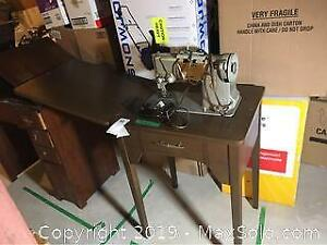 Vintage Singer With Table. B