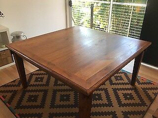 TEAK SOLID BALINESE DINING TABLE