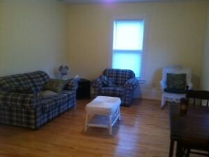 SEPTEMBER 1 - SPACIOUS THREE BEDROOM ON DAL CAMPUS