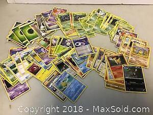 101 Pokemon cards Lot A