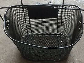 Halfords Wire Bike Cycle Front Basket Quick Release