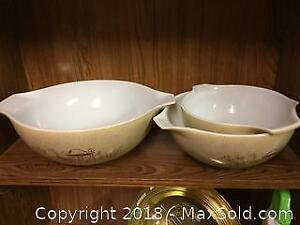 Vintage Pyrex Bowl Set B
